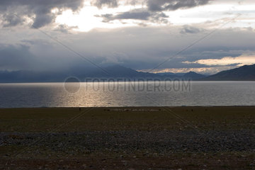 Sonnenuntergang am Sayrim Lake | Sunset at Sayrim Lake
