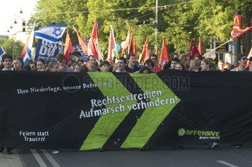 Demonstration gegen Totengedenken der Burschenschafter am 8. Mai