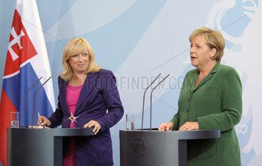 Radicova + Merkel