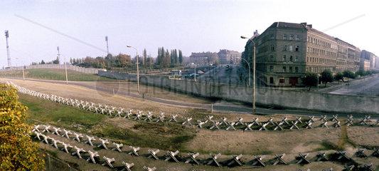 Grenzanlage an der Ecke Eberswalder Str./Oderberger Str
