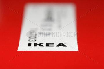 IKEA - selbst zusammen bauen inklusive.