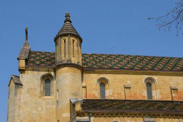 Die Stiftskirche (collegiale) in Neuchatel  Schweiz.