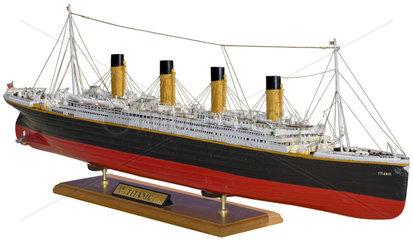 RMS Titanic  altes Schiffsmodell  1985