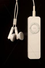 ipod shuffle  mp3 player von apple.