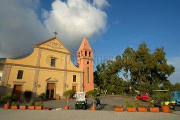 San Vincenzo Kirche auf Stromboli  Eolische (Liparische) Insel  Italien.