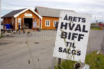 Walfleisch - Verkauf auf den Lofoten  Norwegen.