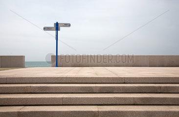Qingdao  Aussichtspunkt am Meer