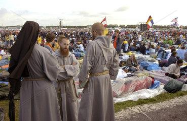 Pilger auf dem Marienfeld