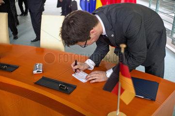 Pressekonferenz Li Keqiang + Merkel