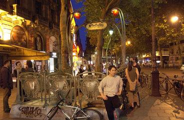 Paris am Abend