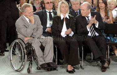 Schaeuble+ Ehepaar Blatter
