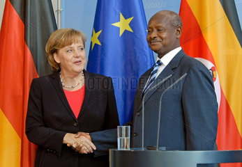 Merkel + Museveni