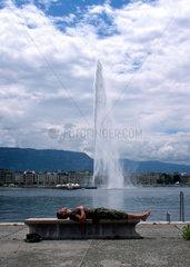 Wasserfontaene am Genfer See  Schweiz