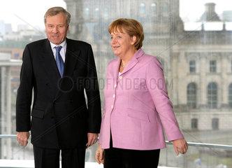 de Hoop Scheffer + Merkel
