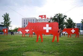 Rote Kuehe Schweizer Botschaft