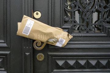 Die Post war da