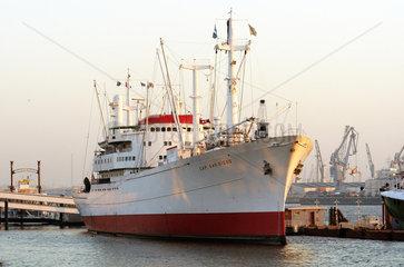 Hamburg  Museumsschiff Cap San Diego