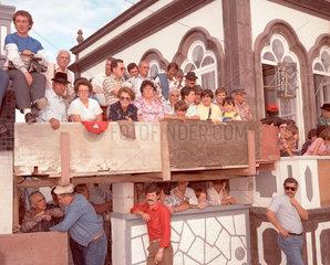Azoren Zuschauer vom Stierkampf