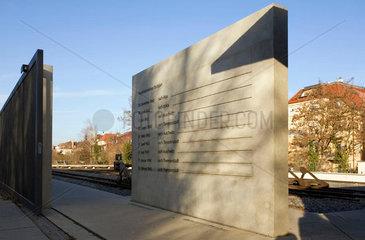 Mahnmal an die Deportation der Juden aus Stuttgarts Innerem Nordbahnhof