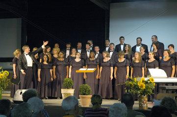 300 Jahre Church of Brethren  McPherson College Choir