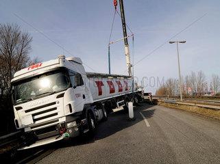 Bergung eines Tanklasters nach einem Unfall