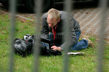 Demonstration gegen G8-Gipfel: ddp-Fotograf ueberspielt erste Bilder