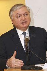 Edward Nalbandian  Armenischer Aussenminister bei einer Veranstaltung in der DA-Wien am 02.03.2011