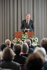 Der Bundesvorsitzende der Gruenen  Juergen Trittin  spricht am Sonntag  17.06.2012  in Oldenburg.