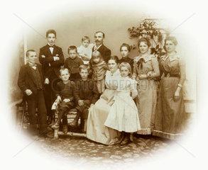 kinderreiche Familie  11 Kinder  Bayern  1895