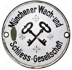 Muenchner Wach- und Schliess-Gesellschaft  Schild  1910