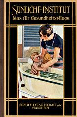 Kurs fuer Gesundheitspflege  Mutter waescht Baby  1927
