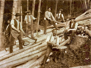 Waldarbeiter  um 1910