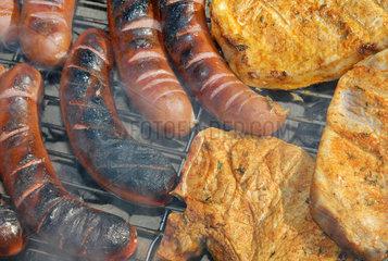 Grillfleisch  grillen