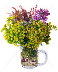 Blumenstrauss im Bierglas