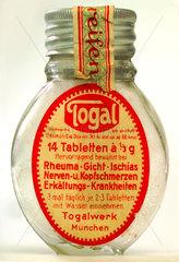 sehr fruehe Togal-Packung  um 1920