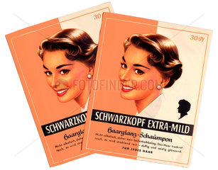 zwei Shampoo-Packungen von Schwarzkopf  um 1953
