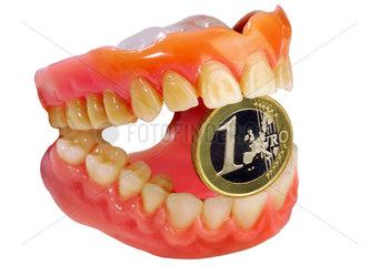 Symbol Eigenleistung  Zahnbehandlung