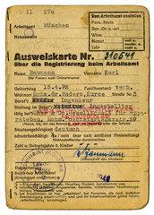 Ausweiskarte des Arbeitsamts Muenchen  1946