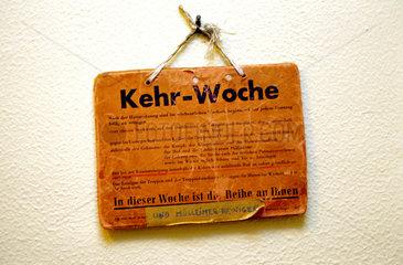 Typisch SchwÉbisch: der Kehrwoche hat noch immer Tradition.