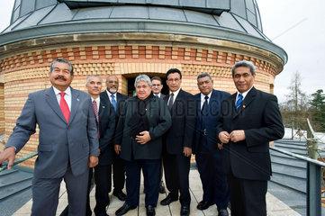 Klimaforschung - Auf dem Weg zum Weltklimagipfel in Kopenhagen besuchen die Staats- und Regierungschefs der pazifischen Inselstaaten das Potsdamer Institut fuer Klimaforschung.