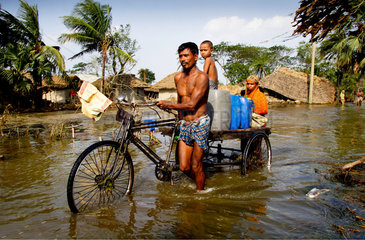 Containers of driking water carrying