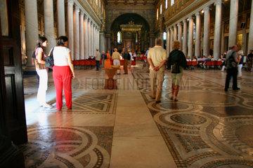 Mosaiken auf dem Boden der Basilika Santa Maria Maggiore