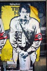 Hitler Papier Street art