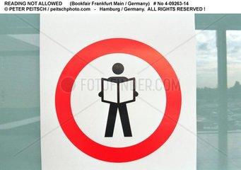 Piktogramm Lesen verboten