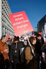 Berlin - Demonstration gegen die Energiepolitik der Bundesregierung