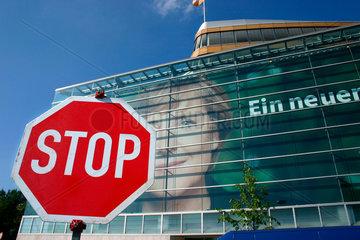 Stopschild vor der CDU Parteizentrale