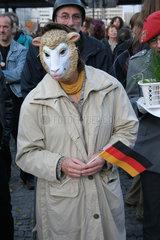 Demonstration gegen dem Bundeswehr Zapfenstreich