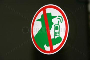 Handyverbot am Eingang eineArztpraxis