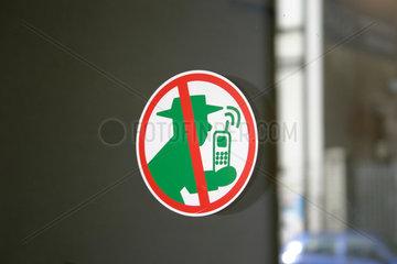 Handyverbot am Eingang eine Arztpraxis