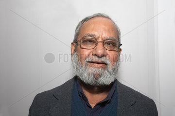 SHEIKH  Ghulam Mohammad - Portrait des Schriftstellers